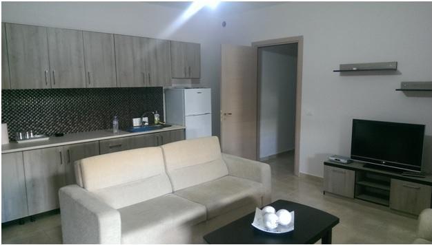 Apartament 1+1 me qera ne zonen e plazhit