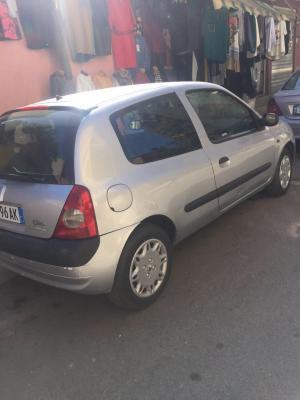 Renault Clio 1,2 benzine 2005