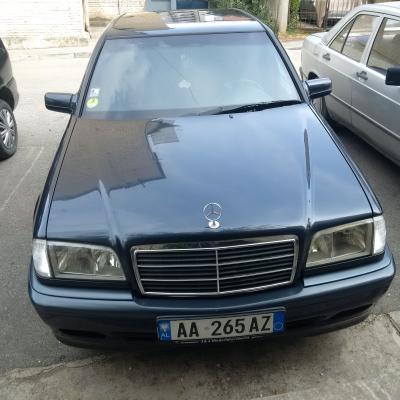 Shes Mercedes-Benz viti 2000