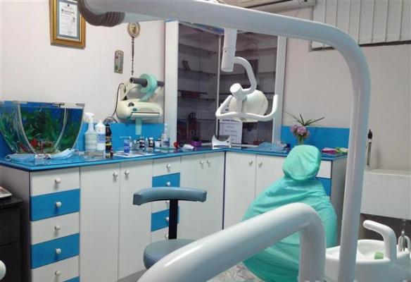 Shiten pajisjet totale te nje Klinike Dentare te kompletuar