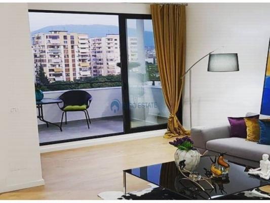 Apartament me Qira: