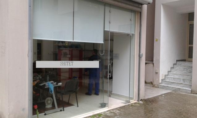Shitet dyqan ne zonen e Yzberishtit, Pallati Pitagora, perballe Hipomarket.