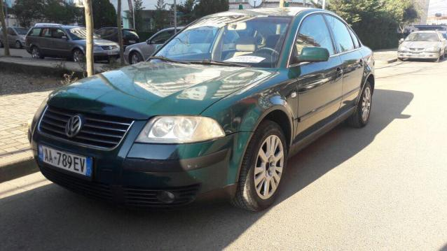 Tirane, shes makine Volkswagen Passat Viti 2001, 2.500 Euro
