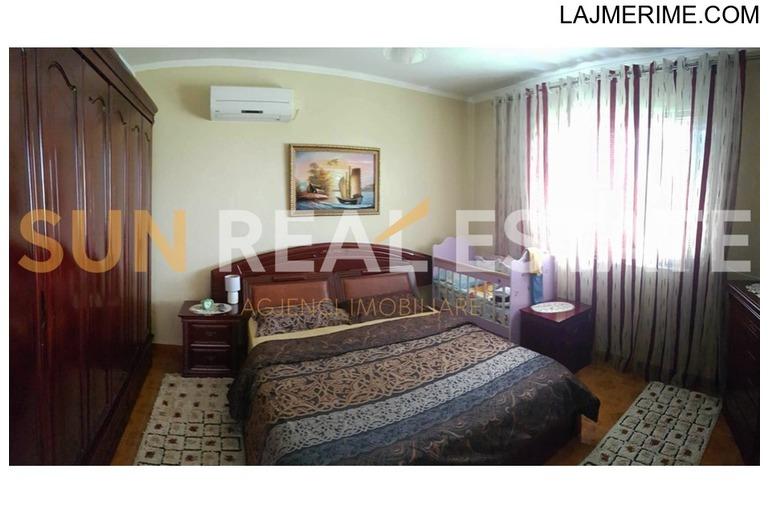 Shtëpi private në shitje në Bahçallëk