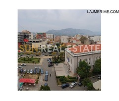 """Apartament 1+1 në shitje, tek teatri """"Migjeni"""""""