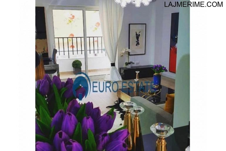 Tirane, shes apartament 1+1+A+BLK Kati 7, 77 m² 87.000 Euro (21 dhjetori)
