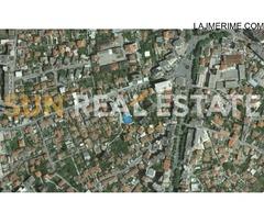 Tokë për shitje pranë Kullave Italiane