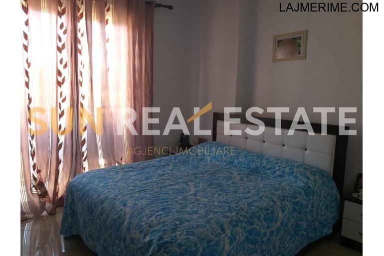 """Apartament 2+1 për shitje në rrugën """"Bujar Bishanaku"""""""