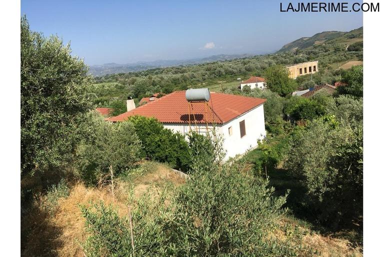 Vlore, shitet shtepi 1 katshe 104 m², oborr 500 m2. 32.000 Euro (Fshati Mifol)