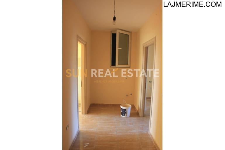 Apartament 2+1 për shitje afer teatrit ''Migjeni''