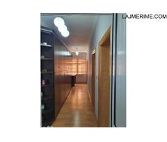 Apartament 1+1, Perball Pallatit te sportit Asllan Rusi