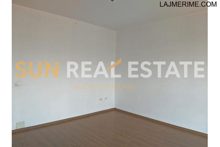 """Apartament 2+1 për shitje në rrugën""""Edit Durham"""""""