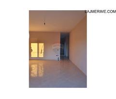 Apartament - Në Shitje - Vlorë, Shqipëri Shitet Apartament 2+1+2 ne Transballkanike 43,000 €
